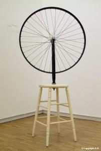 Roue De Bicyclette - Marcel Duchamp