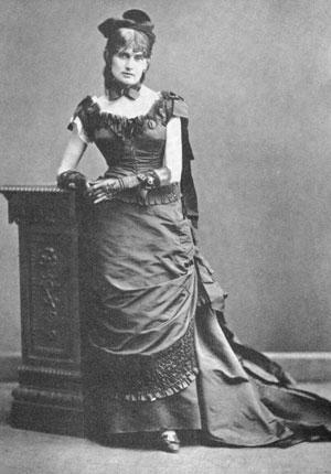 Berthe Morisot - photograph by Charles Reutlinger